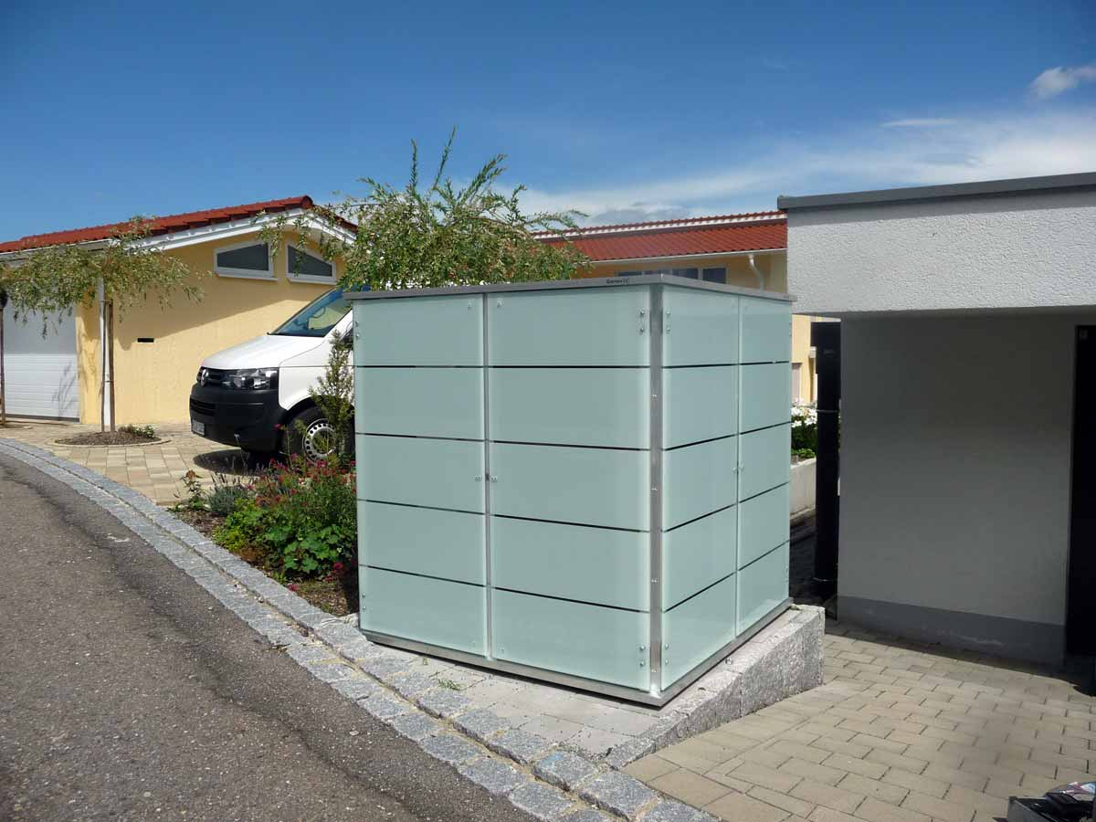 outdoor schrank finest fr elektrische gerte auf weiem hintergrund with outdoor schrank. Black Bedroom Furniture Sets. Home Design Ideas