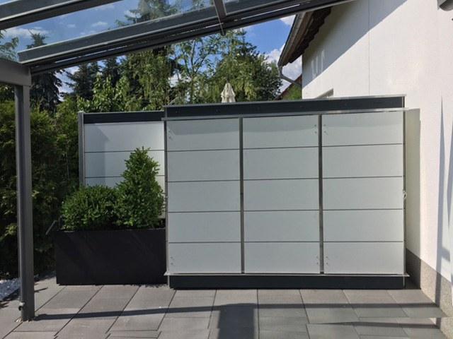 gartenhaus gartenschrank f r dachterrassen u vorgarten garten q gmbh. Black Bedroom Furniture Sets. Home Design Ideas