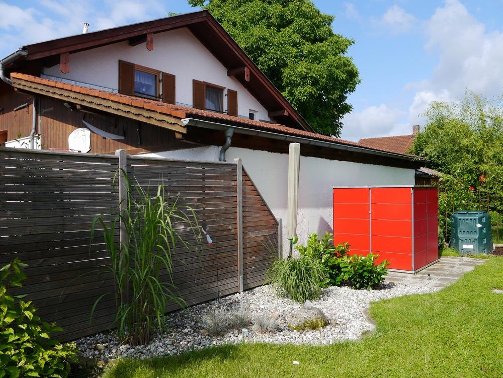 gartenhaus gartenschrank f r dachterrassen u vorgarten. Black Bedroom Furniture Sets. Home Design Ideas